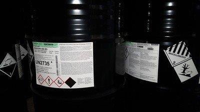 Endurecedor para resina epóxi base água