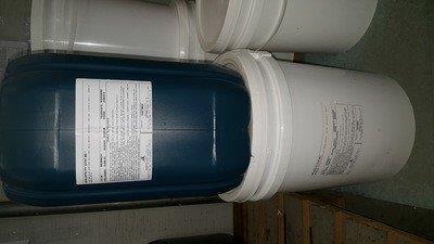 Resina para esmalte sintético base agua